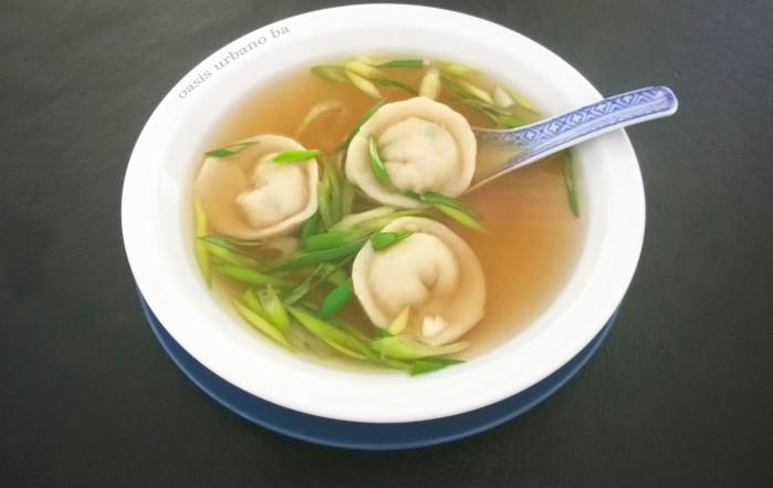 Oasis Urbano BA, Sopa de mandu con caldo de shiitake 00