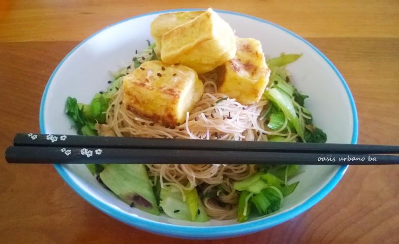 Oasis Urbano BA, Salteado con tofu birmano 00